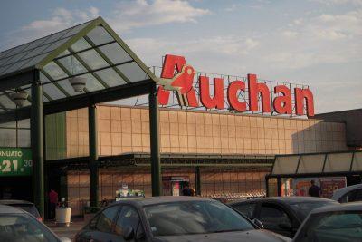 Pioggia di decreti ingiuntivi su Auchan
