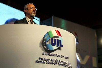 """Barbagallo: """"UIL sostiene battaglia addetti servizi e ristorazione"""""""
