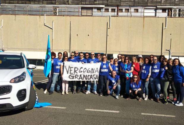 Grancasa, maxi sciopero contro i licenziamenti: a Sarzana negozio chiuso
